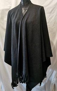 Le Chateau Black Fleece Shawl O/S